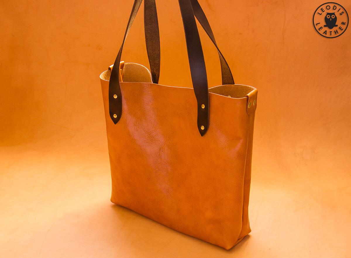 Две кожаных сумки от мастера из Англии.