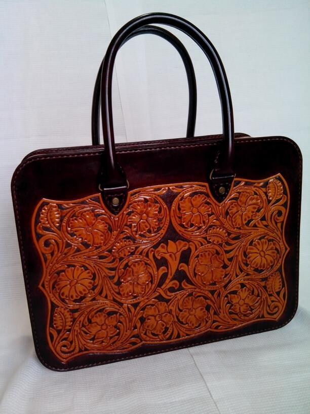 Кожаная сумка с тиснением в стиле «Шеридан»