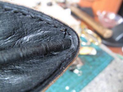 Кожаный кошелек с тиснением 27