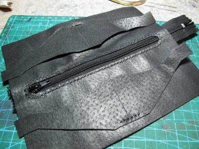 Кожаный кошелек с тиснением 6